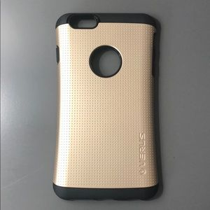 Accessories - Gold and black iPhone 7 Plus case